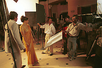 "Asien Indien IND Bombay Megacity .Bollywood Filmproduktion Baghban mit Superstar Megastar Amitabh Bachchan und Hema Malini in Filmcity Goregoan in Bombay - Kultur darstellende Kunst Kitsch Soap Kommunikation Unterhaltung Bilder Konsum Video Fernsehen TV Kinos Filmkamera Kamera Film drehen filmen Filmindustrie Filmstudio Filmstudios Filmproduktion Kinofilme Kinofilm indisches Kino Film Filme Spielfim Spielfilme Traum Tr?ume Traumfabrik Schauspieler Filmrolle Rolle Star Amitabh Bachan Starkult Filmstar Inder indisch indische indischer Subkontinent bunt Farben Farbe farbig Massala Movie Masala Film Mischung aus Tanz Action Gef?hl Gef?hle Liebe Sex Drama Gewalt Filmset Fernsehserie TV Serie xagndaz | .Asia India Mumbai Bombay .filmset for Bollywood movies in Filmcity in Mumbai Bombay  -  culture art arts entertainment film industry motion picture movie filmindustry film production communication image images indian subcontinent color colour colorful image imaking television cinema TV consume consumerism dream factory actor actress movie star cult . | [copyright  (c) agenda / Joerg Boethling , Veroeffentlichung nur gegen Honorar und Belegexemplar an / royalties to: agenda PG   Rothestr. 66   D-22765 Hamburg   ph. ++49 40 391 907 14   e-mail: boethling@agenda-fototext.de   www.agenda-fototext.de   Bank: Hamburger Sparkasse BLZ 200 505 50  kto. 1281 120 178   IBAN: DE96 2005 0550 1281 1201 78  BIC: ""HASPDEHH""  , WEITERE MOTIVE ZU DIESEM THEMA SIND VORHANDEN!! MORE PICTURES ON THIS SUBJECT AVAILABLE!! INDIA PHOTO ARCHIVE: http://www.visualindia.net] [#0,26,121#]"