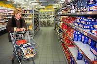 Supermercato. Supermarket....