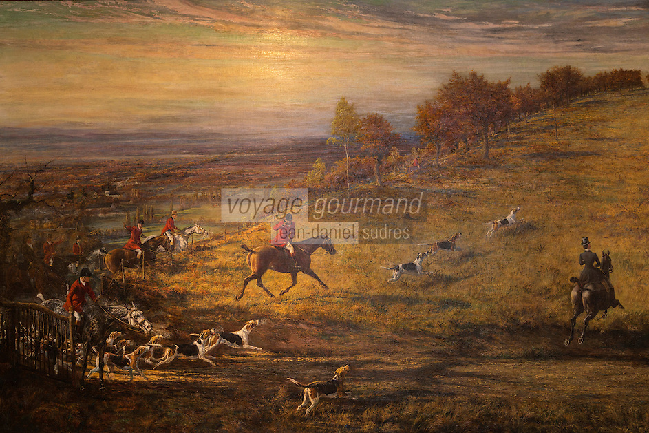 France, Aquitaine, Pyrénées-Atlantiques, Béarn, Pau/ Le Cercle Anglais dans la Villa Lawrance, Parc Lawrance, Tableau représentant  la chasse au Renard //  France, Pyrenees Atlantiques, Bearn, Pau: Cercle Anglais , painting of hunting Fox,  Villa Lawrence in Parc Lawrence