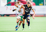 ***BETALBILD***  <br /> Stockholm 2015-09-27 Fotboll Damallsvenskan Hammarby IF DFF - FC Roseng&aring;rd :  <br /> Roseng&aring;rds Sofie Junge Pedersen i kamp om bollen med Hammarbys Madeleine Tegstr&ouml;m under matchen mellan Hammarby IF DFF och FC Roseng&aring;rd <br /> (Foto: Kenta J&ouml;nsson) Nyckelord:  Fotboll Damallsvenskan Dam Damer Zinkensdamms IP Zinkensdamm Zinken Hammarby HIF Bajen FC Roseng&aring;rd