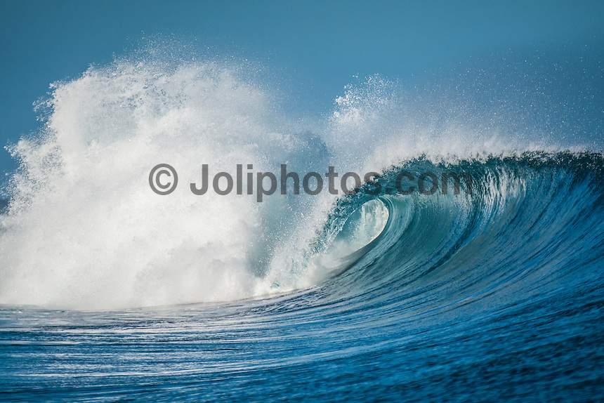 Namotu Island Resort, Nadi, Fiji (Wednesday, March 2 2016): The swell was solid today with 4'- 6' waves hitting Namotu Lefts and Cloudbreak with very light Trade Winds. <br /> The  guests took advantage of the conditions with a sessions at Cloudbreak, Namotu Lefts and Wilkes  Other guests went snorkelling, SUP paddling around the island and fishing. <br /> <br /> Photo: joliphotos.com