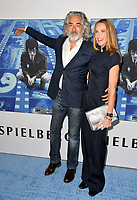 Kelly Lynch, Mitch Glazer at the premiere for the HBO documentary &quot;Spielberg&quot; at Paramount Studios, Hollywood. Los Angeles, USA 26 September  2017<br /> Picture: Paul Smith/Featureflash/SilverHub 0208 004 5359 sales@silverhubmedia.com