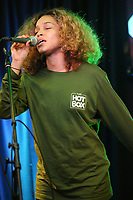 BALA CYWYD, PA - NOVEMBER 7 :  Izzy Bizu visits WDAS performance studio in Bala Cynwyd, Pa on November 7, 2017   ***HOUSE COVERAGE  Credit:  Star Shooter / MediaPunch /NortePhoto.com