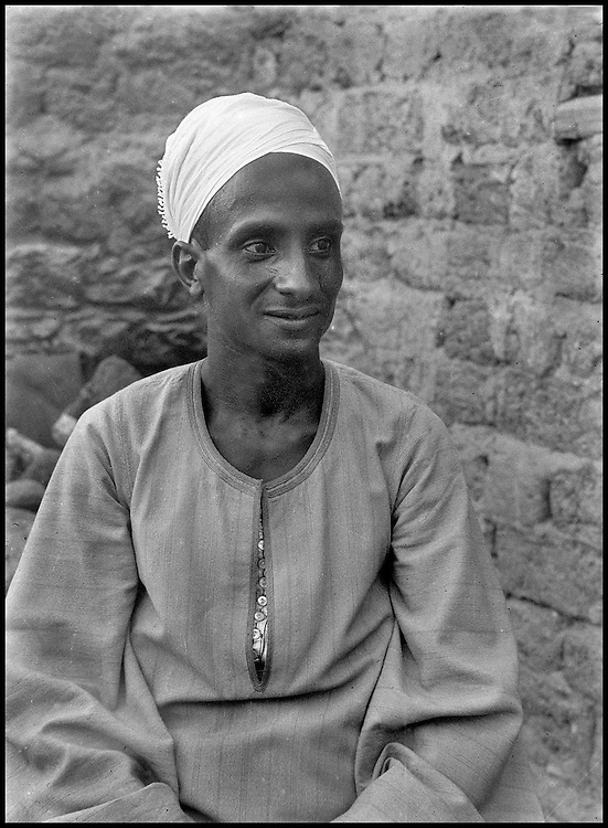 Noblesse oblige, Chadouf also photographed Hassabollah Taieb, his designated successor. A kufti like himself, Taieb would later pursue Chadouf's life's work.....CHADOUF MOHAMMED/COLLECTION PATRICK CHAPUIS-PHILIPPE FLANDRIN