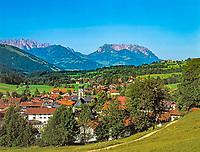Deutschland, Bayern, Oberbayern, Chiemgau: Reit im Winkl, Wilder und Zahmer Kaiser Gebirge | Germany, Bavaria, Upper Bavaria, Chiemgau: Reit im Winkl, Wilder and Zahmer Kaiser mountains