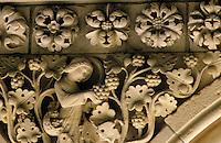 Europe/France/Basse-Normandie/50/Manche/Le Mont St-Michel: le cloître de l'abbaye détail d'un écoinçon du cloitre