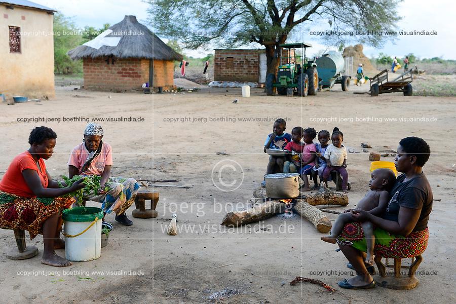 ZAMBIA, Mazabuka, Chikankata area, medium scale farmer Stephen Chinyama, homestead