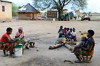 ZAMBIA, Mazabuka, Chikankata area, medium scale farmer Stephen Chinyama, homestead