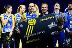 28.10.2018, TUI Arena, Hannover<br />Volleyball, Supercup, Siegerehrung<br /><br />Ehrung comdirekt Fastest Service - Denise Hanke (#10 Schwerin)<br /><br />  Foto © nordphoto / Kurth