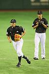(L to R) <br /> Ryosuke Kikuchi, <br /> Tetsuto Yamada (JPN), <br /> NOVEMBER 14, 2014 - Baseball : <br /> 2014 All Star Series Game 2 <br /> between Japan and MLB All Stars <br /> at Tokyo Dome in Tokyo, Japan. <br /> (Photo by YUTAKA/AFLO SPORT)[1040]