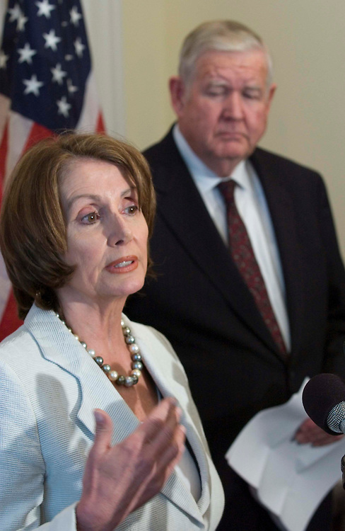 06/28/05.BUSH SPEECH ON IRAQ--House Minority Leader Nancy Pelosi, D-Calif., and Rep. John P. Murtha, D-Pa., during a news conference previewing President Bush's prime-time speech planned for tonight on the situation in Iraq..CONGRESSIONAL QUARTERLY PHOTO BY SCOTT J. FERRELL