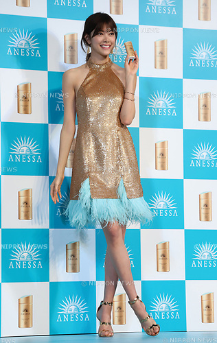 "February 20, 2018, Tokyo, Japan - Japanese model Hikari Mori poses for photo at a presentation of Japanese cosmetics giant Shiseido's sunblock cosmetics ""Anessa"" in Tokyo on Tuesday, February 20, 2018.    (Photo by Yoshio Tsunoda/AFLO) LWX -ytd-"
