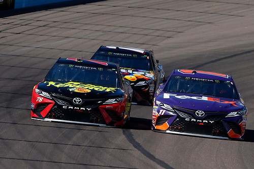 Monster Energy NASCAR Cup Series<br /> TicketGuardian 500<br /> ISM Raceway, Phoenix, AZ USA<br /> Sunday 11 March 2018<br /> Martin Truex Jr., Furniture Row Racing, Toyota Camry 5-hour ENERGY/Bass Pro Shops, Denny Hamlin, Joe Gibbs Racing, Toyota Camry FedEx Freight, Kyle Busch, Joe Gibbs Racing, Toyota Camry Skittles Sweet Heat<br /> World Copyright: Lesley Ann Miller<br /> LAT Images