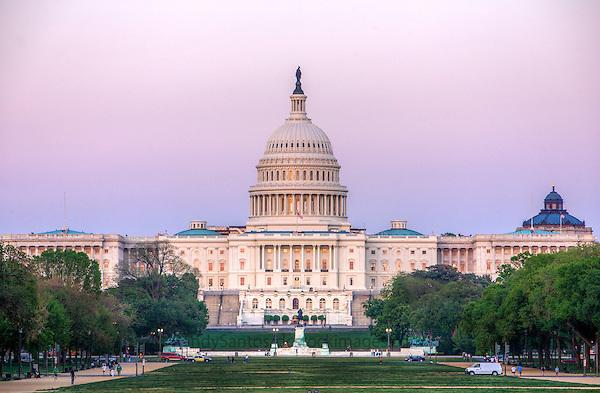 Capitol /  US Capitol Building Washington DC