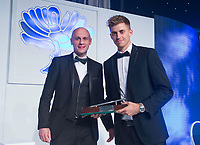 Picture by Allan McKenzie/SWpix.com - 05/10/17 - Cricket - Yorkshire County Cricket Club Gala Dinner 2017 - Elland Road, Leeds, England - Ben Coad wins the Players Player of the Year Award.