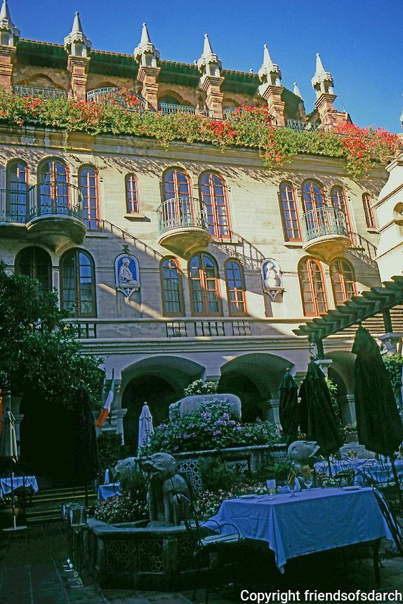 Riverside CA: Glenwood Mission Inn.  The Court--1914--by Myron Hunt. Photo '82.