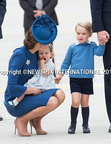 24.09.2016; Victoria, Canada: SHADES OF BLUE - DUKE &amp; DUCHESS OF CAMBRIDGE, PRINCE GEORGE AND PRINCESS CHARLOTTE<br />
