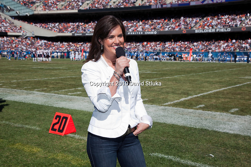 Chicago FOX weather reporter Amy Freeze gives a weather forcast  during the Chicago Bears opening weekend NFL football game against the Detroit Lions in Chicago, Illinois on September 12, 2010.  The Bears beat the Lions 19-14. (AP Photo/David Stluka)