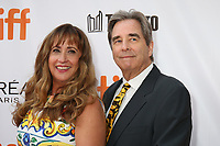 BEAU BRIDGES AND HIS WIFE - RED CARPET OF THE FILM 'THE MOUNTAIN BETWEEN US' - 42ND TORONTO INTERNATIONAL FILM FESTIVAL 2017 . TORONTO, CANADA, 10/09/2017. # FESTIVAL DU FILM DE TORONTO - RED CARPET 'THE MOUNTAIN BETWEEN US'