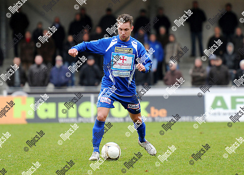 2011-01-23 / Seizoen 2010-2011 / Voetbal / KV Turnhout / Kevin Janssens..Foto: mpics