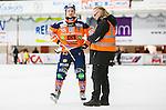 V&auml;ster&aring;s 2014-12-21 Bandy Elitserien Tillberga Bandy - Bolln&auml;s GIF :  <br /> Bolln&auml;s Tobias Bj&ouml;rklund intervjuas av Tidnngen Ljusnans journalist Peter Axman efter matchen mellan Tillberga Bandy och Bolln&auml;s GIF <br /> (Foto: Kenta J&ouml;nsson) Nyckelord:  Bandy Elitserien ABB Arena Syd Tillberga TB V&auml;ster&aring;s Bolln&auml;s GIF Giffarna glad gl&auml;dje lycka leende ler le