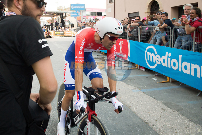Dutch National Champion Tom Dumoulin (NED) Team Sunweb at the end of Stage 10 the Sagrantino Stage of the 100th edition of the Giro d'Italia 2017, an individual time trial running 39.8km from Foligno to Montefalco, Italy. 16th May 2017.<br /> Picture: LaPresse/Massimo Paolone | Cyclefile<br /> <br /> <br /> All photos usage must carry mandatory copyright credit (&copy; Cyclefile | LaPresse/Massimo Paolone)