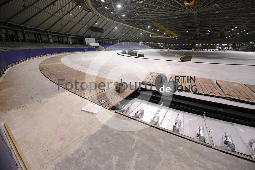 SCHAATSEN: HEERENVEEN: IJsstadion Thialf, 01-10-2015, Ver(nieuw)bouw, ©foto Martin de Jong