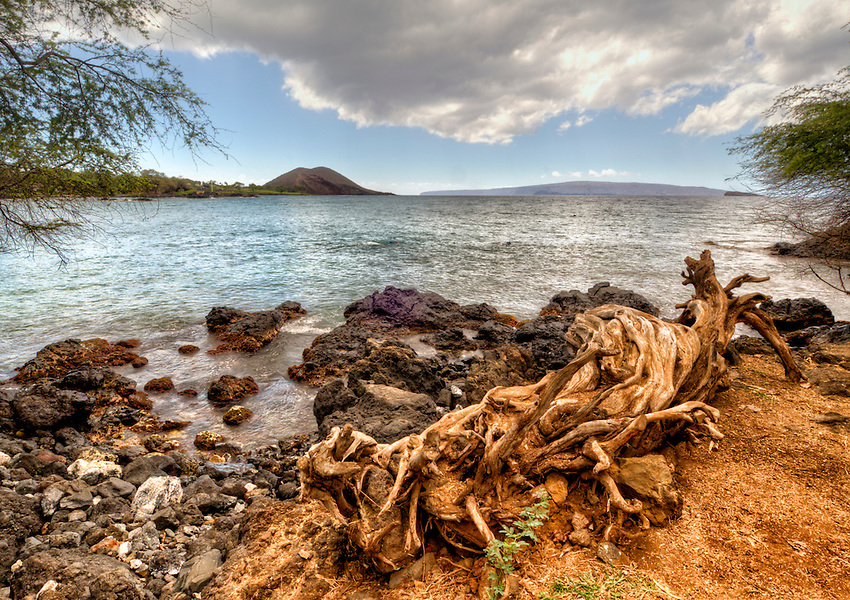 View looking south from the Makena Landing, Maui, Hawaii