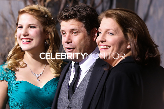"""HOLLYWOOD, CA - DECEMBER 02: Christine Harrell Astin, Sean Astin, Alexandra Astin arriving at the Los Angeles Premiere Of Warner Bros' """"The Hobbit: The Desolation Of Smaug"""" held at Dolby Theatre on December 2, 2013 in Hollywood, California. (Photo by Xavier Collin/Celebrity Monitor)"""