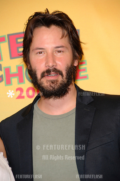 Actor KEANU REEVES at the 2006 Teen Choice Awards at Universal City, Hollywood.20AUG2006  Los Angeles, CA.© 2006 Paul Smith / Featureflash