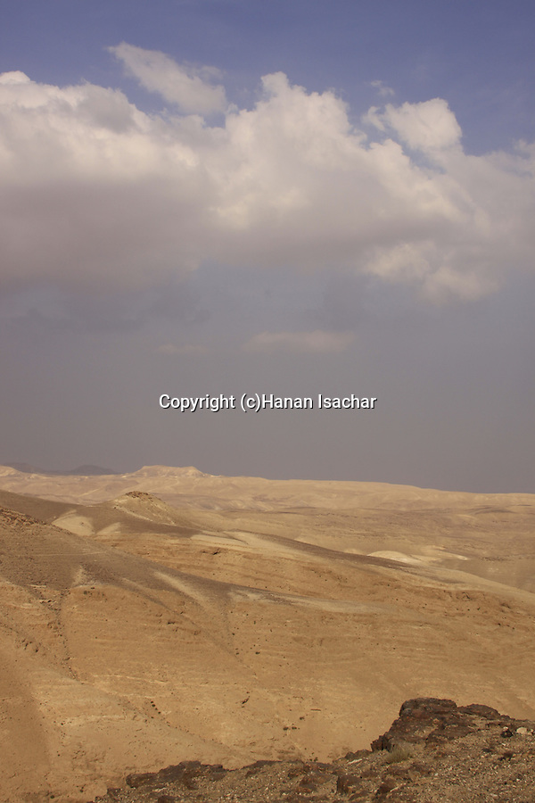 Israel, a view of the Judean Desert from Moav observation point in Arad