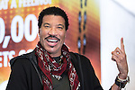 © Joel Goodman - 07973 332324 . 28/06/2016. Manchester , UK . LIONEL RICHIE backstage at the Manchester Arena . Photo credit : Joel Goodman