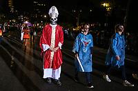 NOVA YORK, EUA, 31.10.2018 - HALLOWEEN-EUA - Foliões durante desfile de Halloween na cidade de Nova York nos Estados Unidos na noite desta quarta-feira, 31. (Foto: William Volcov/Brazil Photo Press)