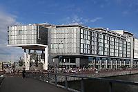 Double Tree Hilton hotel bij het Oosterdok in Amsterdam