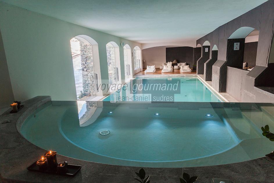 Italie, Val d'Aoste, Breuil-Cervinia : Hôtel: Saint-Hubertus - Architecte Savin Couëlle  -  La Piscine // Italy, Aosta Valley, Breuil-Cervinia: Hotel: St. Hubertus - Architect Savin Couëlle - Swimming