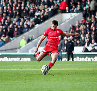 27th October 2019; Welford Road Stadium, Leicester, East Midlands, England; English Premiership Rugby, Tigers versus Saracens; Alex Lozowski of Saracens converts Ben Earl's try in the 49th minute  - Editorial Use
