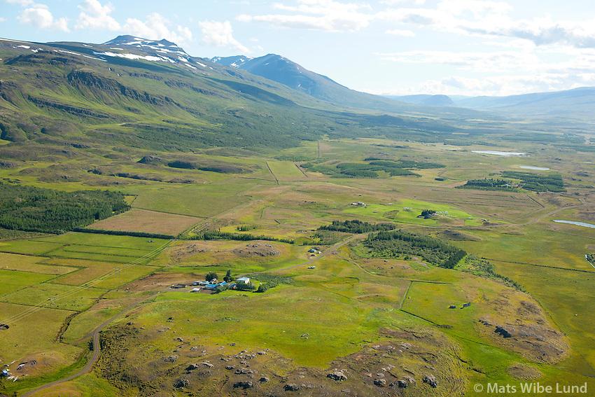 Útnyrðingsstaðir séð til suðurs, Fljótsdalshérað áður Vallahreppur. /  Utnyrdingsstadir viewing south, Fljotsdalsherad former Vallahreppur.
