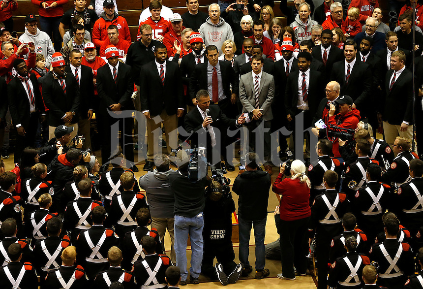 OSU Football Coach Urban Meyer address the fans at the Skull Session in the St. Johns Arena in Columbus, Ohioan November 21, 2015. (Columbus Dispatch photo by Brooke LaValley)