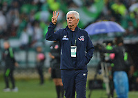 MEDELLÍN - COLOMBIA ,21-10-2018:Julio Comesaña director técnico del Atlético Junior  durante partido contra el Atlético Nacional  partido por la fecha 16 de la Liga Águila II 2018 jugado en el estadio Atanasio Girardot de la ciudad de Medellín. / Julio Comesana coach of  Atletico Junior  during the match agsint Atletico Nacional for the date 16 of the Liga Aguila II 2018 played at the Atanasio Girardot  Stadium in Medellin  city. Photo: VizzorImage /León Monsalve / Contribuidor.