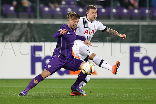 18.02.2016. Florence, Italy. UEFA Europa League football. Fiorentina versus Tottenham Hotspur.  Federico Bernardeschi Fiorentina is beaten to the ball by Kieran Trippier Tottenham