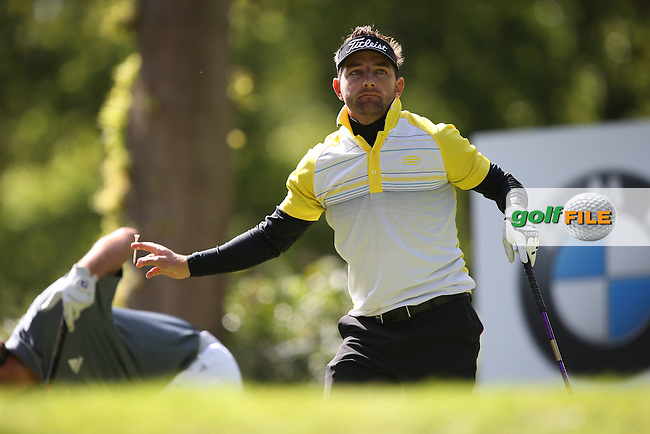 Jbe KRUGER (RSA) drives from the 17th during Round One of the 2015 BMW PGA Championship over the West Course at Wentworth, Virginia Water, London. 21/05/2015Picture David Lloyd, www.golffile.ie.