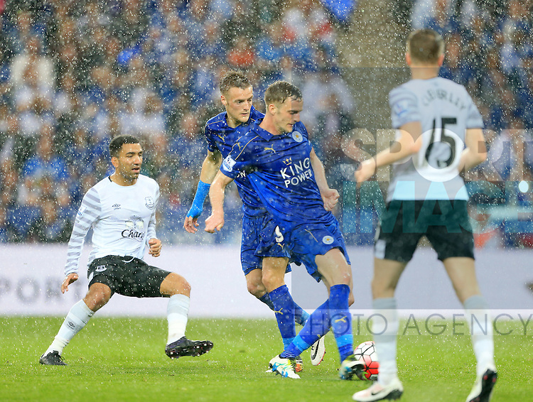 Leicester's Andy King scoring his sides second goal during the Barclays Premier League match at the King Power Stadium.  Photo credit should read: David Klein/Sportimage