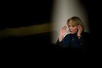 Wahlkampfveranstaltung von Hannelore Kraft, Landesvorsitzende der nordrhein-westfaelischen SPD. Kraft ist Spitzenkandidatin zur Landtagswahl am 9. Mai 2010.<br />Am Dienstag den 2.2.2010 lud die NRW-Spitzenkandidatin der SPD, Hannelore Kraft zu ihrer Veranstaltungsreihe &quot;Hannelore Kraft - Von Mensch zu Mensch&quot; in das Grillo-Cafe in Essen. Sie praesentierte sich ganz locker auf einem Ledersofa den ca. 280 SPD-Genossen und plauderte ueber ihr Privatleben.<br />2.2.2010, Essen<br />Copyright: Christian-Ditsch.de<br />[Inhaltsveraendernde Manipulation des Fotos nur nach ausdruecklicher Genehmigung des Fotografen. Vereinbarungen ueber Abtretung von Persoenlichkeitsrechten/Model Release der abgebildeten Person/Personen liegen nicht vor. NO MODEL RELEASE! Don't publish without copyright Christian-Ditsch.de, Veroeffentlichung nur mit Fotografennennung, sowie gegen Honorar, MwSt. und Beleg. Konto: I N G - D i B a, IBAN DE58500105175400192269, BIC INGDDEFFXXX, Kontakt: post@christian-ditsch.de Urhebervermerk wird gemaess Paragraph 13 UHG verlangt.]