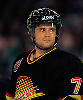 Cliff Ronning Vancouver Canucks. Photo F. Scott Grant