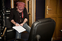 The Quireboys - In The Studio Recording Beautiful Curse