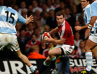 2005 British & Irish Lions vs Pumas [ Argentina], at The Millennium Stadium, Cardiff, WALES match played on  23.05.2005, Geordan Murphy, looks for support..Photo  Peter Spurrier. .email images@intersport-images...