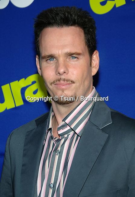 Kevin Dillon arriving at ENTOURAGE Premiere at the Arcligth Theatre In Los Angeles.  June 1st 2006.