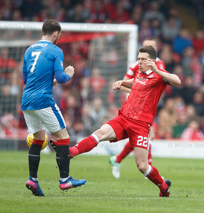Ryan Jack catches Joe Dodoo