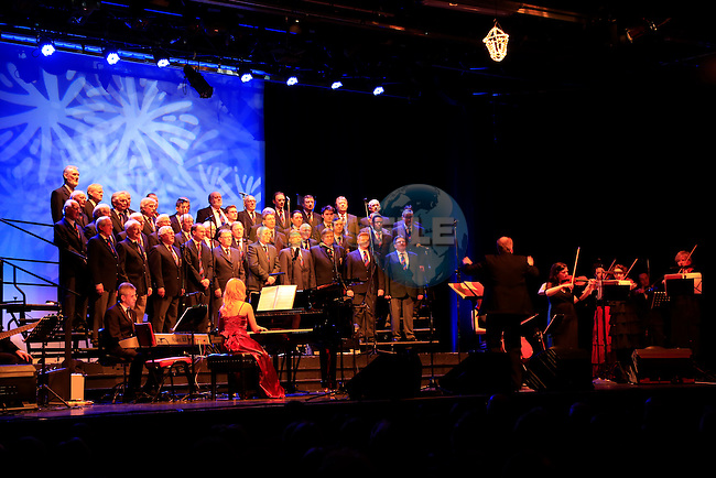 at the Christmas Dreams&rsquo; Show 2013. St. Peter's Male Voice Choir.<br /> Picture: Fran Caffrey www.newsfile.ie