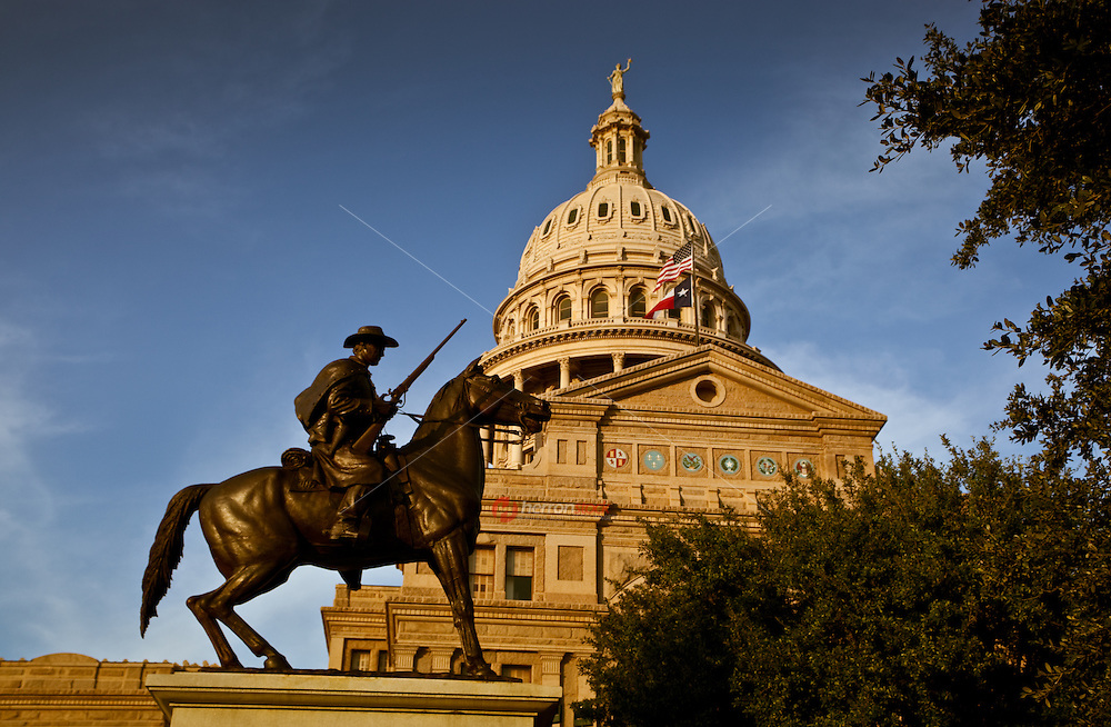 Texas Ranger statue in front of State Capitol Building